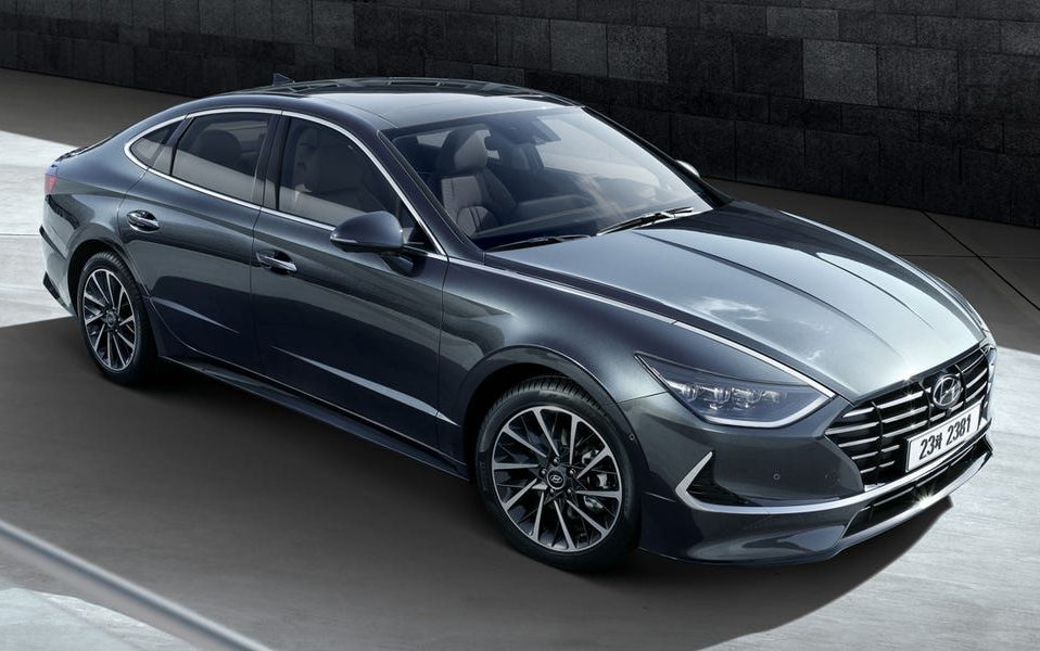Hyundai Sonata from 2017 to 2020 models available for rent at empire rental cars at 445 empire boulevard best deals in New York City Brooklyn blue black red colors available as low as $175 empirerentalcars